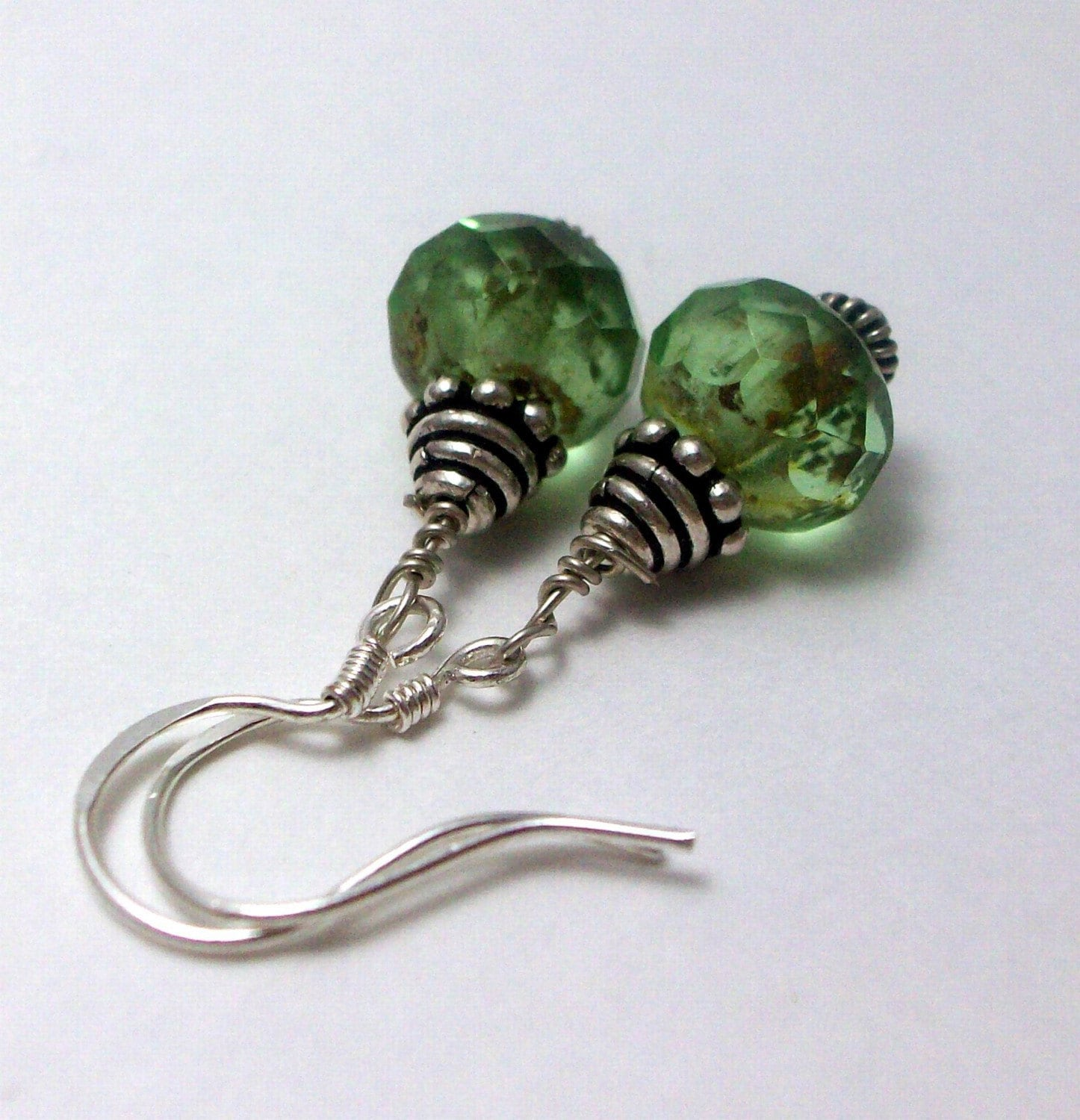 Irish Eyes Czech Glass Bali Sterling Silver Earrings Free Worldwide Shipping