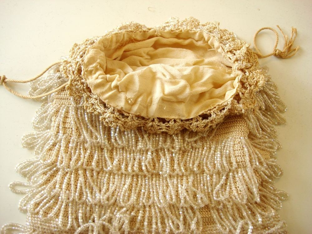 Antique Cream Swag Crocheted Glass Beaded Bag Purse