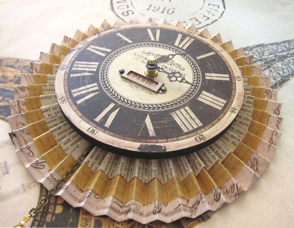 Paris Medallion Clock PARIS CHIC