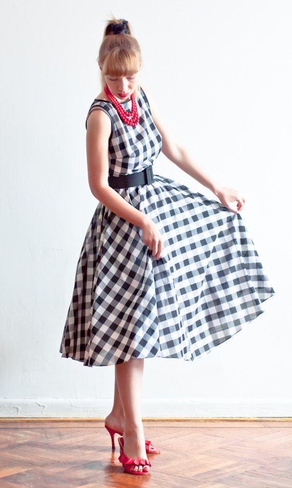 Retro Inspired Gingham Tea Length Full Skirt Dress With Belt - Perfect Fit Guaranteed