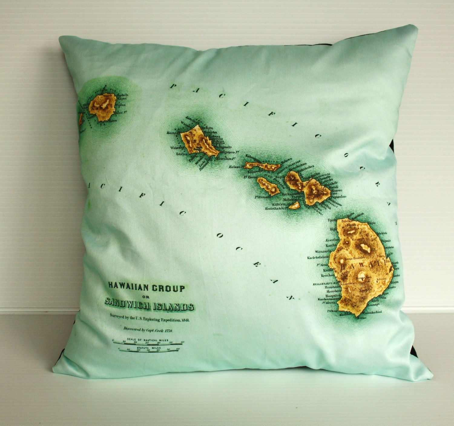 Organic cotton vintage map of Hawaii