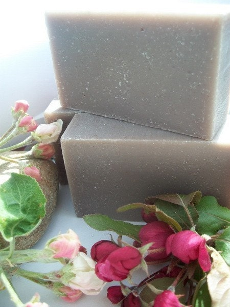 Organic Lavender and Comfrey root Cold process Soap 4 oz bar