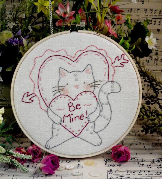 Valentine Be Mine tabby Cat E Pattern - email Pdf heart primitive stitchery embroidery kitten