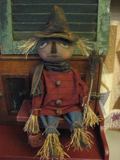 pRiMiTiVe  fOlK aRt fAll / haLloWeEn sAm sCaReCrOw DoLL dRieD gRaPeViNe bRooM aNd puMpKin CUSTOM ORDER RESERVED FOR WIAPILOT