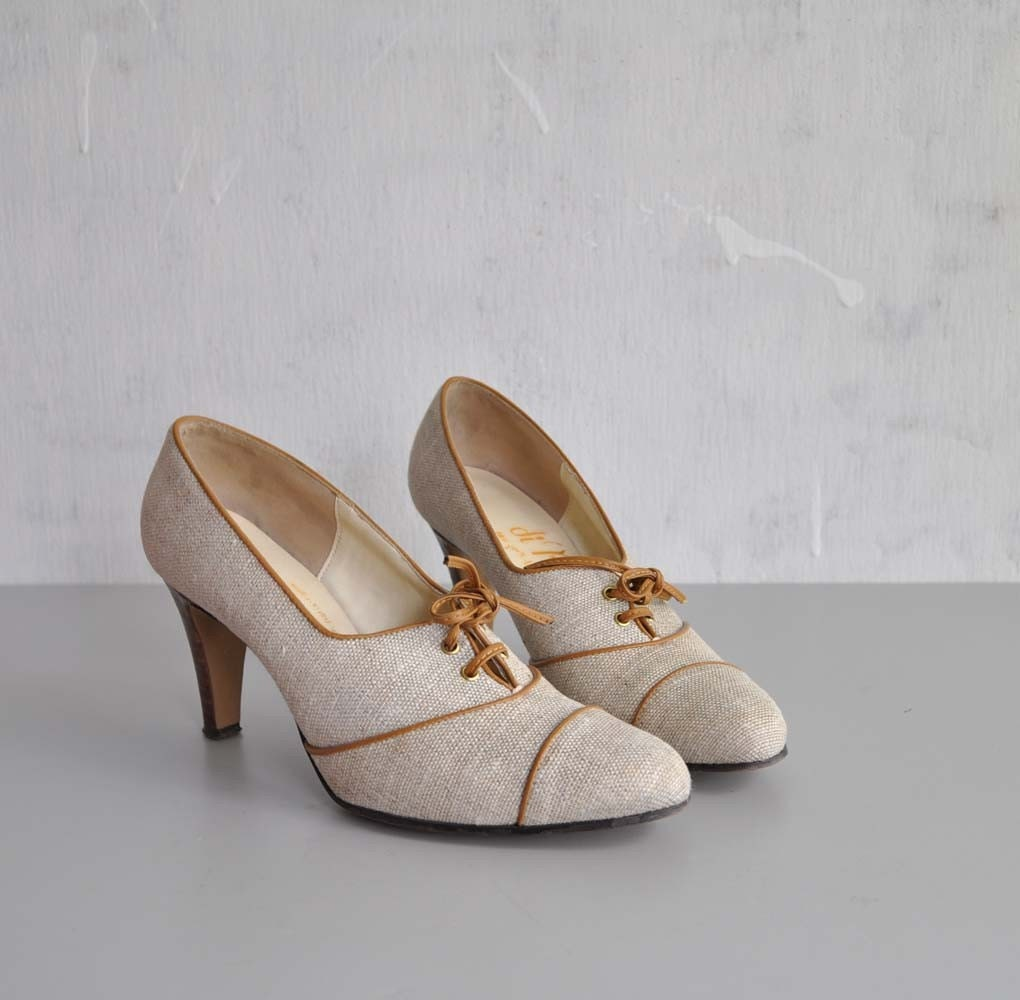 Vintage LINEN Oxford Heels by MariesVintage on Etsy