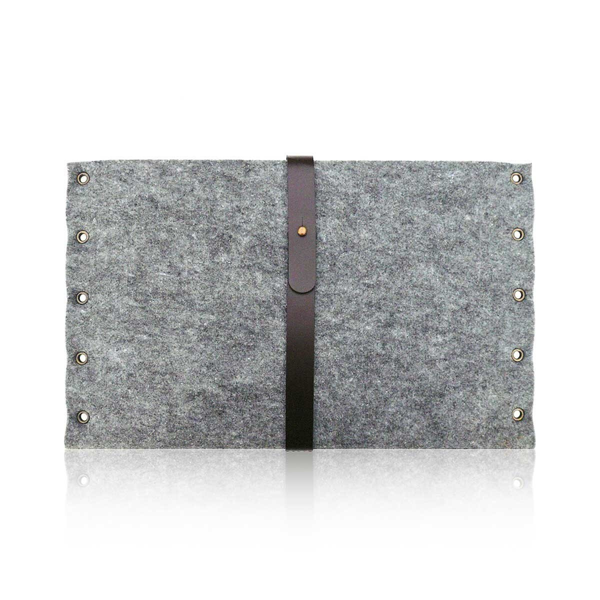 MacBook Pro 13 inch grey felt sleeve