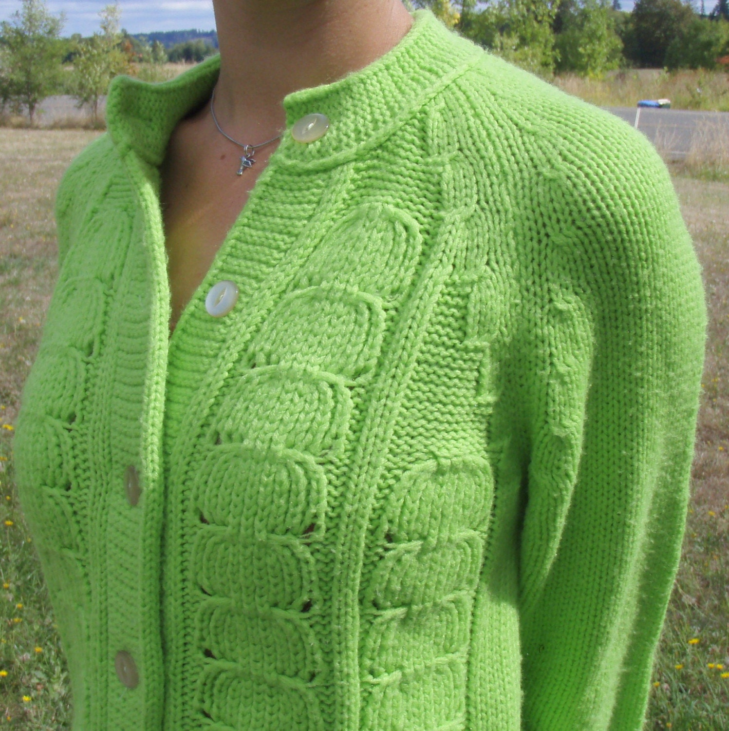 A wide variety of lime green sweaters options are available to you, such as free samples. There are 16 lime green sweaters suppliers, mainly located in Asia. The top supplying countries are China (Mainland), Pakistan, and Vietnam, which supply 68%, 12%, and 12% of lime green sweaters respectively.