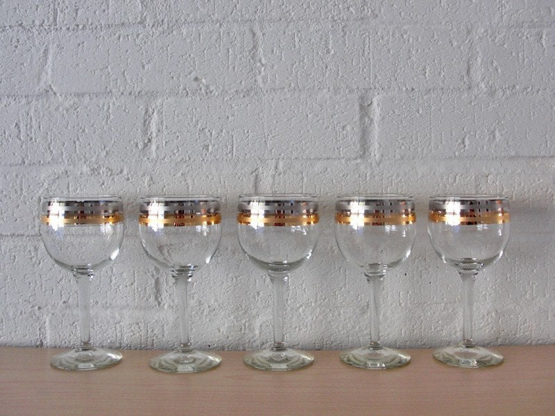 Vintage Mid Century Cocktail Glasses / Barware Cordial Set with Silver / Gold Details