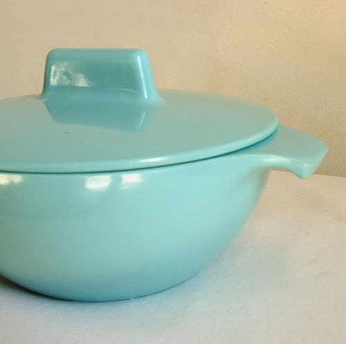 vintage melamine covered bowl