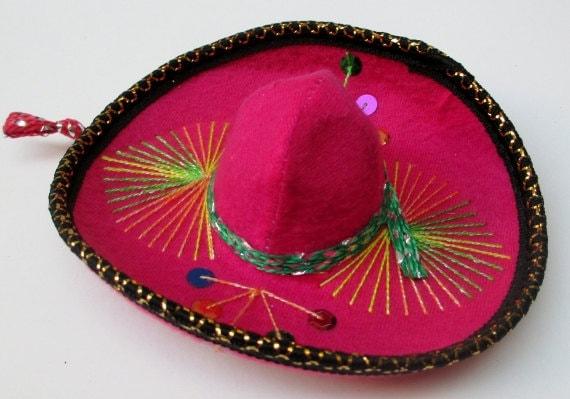 Authentic mexican decoration hat aztec home by for Aztec decoration