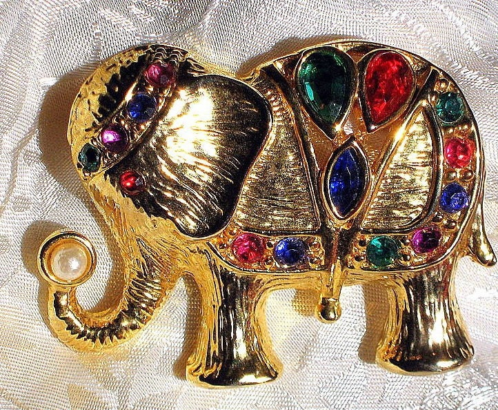 EgyptiaN ElephanT Retro Vintage Quality Fashion Glam Jeweled Rhinestones Brooch Pin 1980's 1970's Ruby Red Blue Emerald Green Gold Pearl