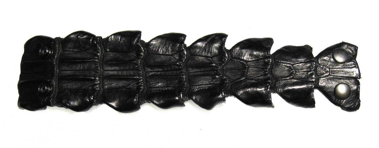 Small Alligator Tail Snap Cuff Bracelet in Black