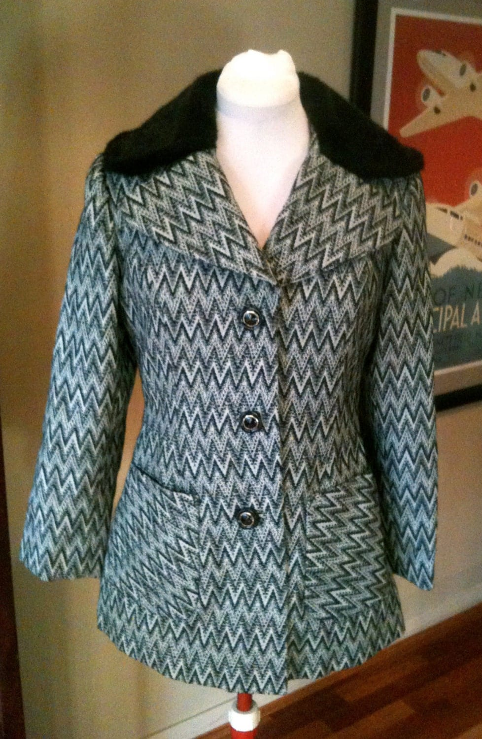 Vintage 1960s Jersey Wool Jacket with Faux Fur Collar - L