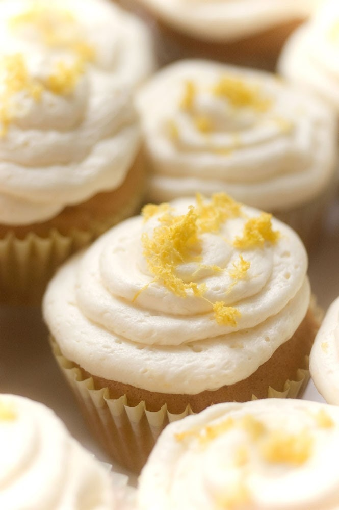 Lemon Zest Vegan Cupcakes