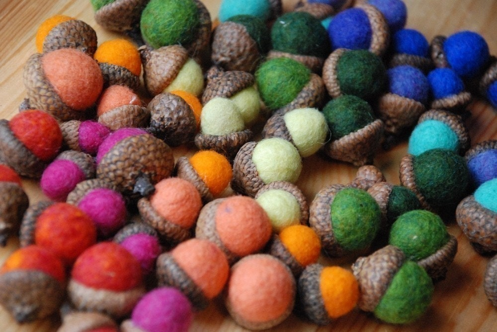 10 Rainbow Felted Acorns