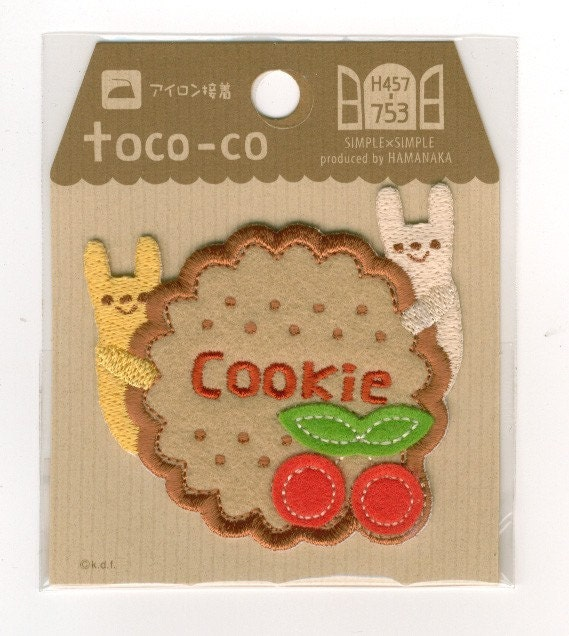 Japanese Wappen Iron On Patch Toco-Co Cookie Bunnies by Hamanaka