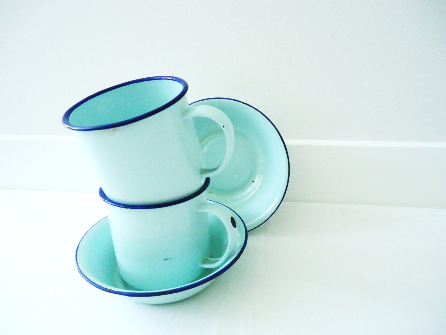 Vintage Baby Blue Enamel Cups and Bowls - hopscotchmemories