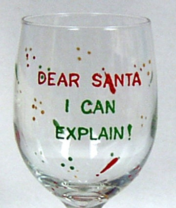 Christmas wine glass hand painted for Hand painted wine glass christmas designs
