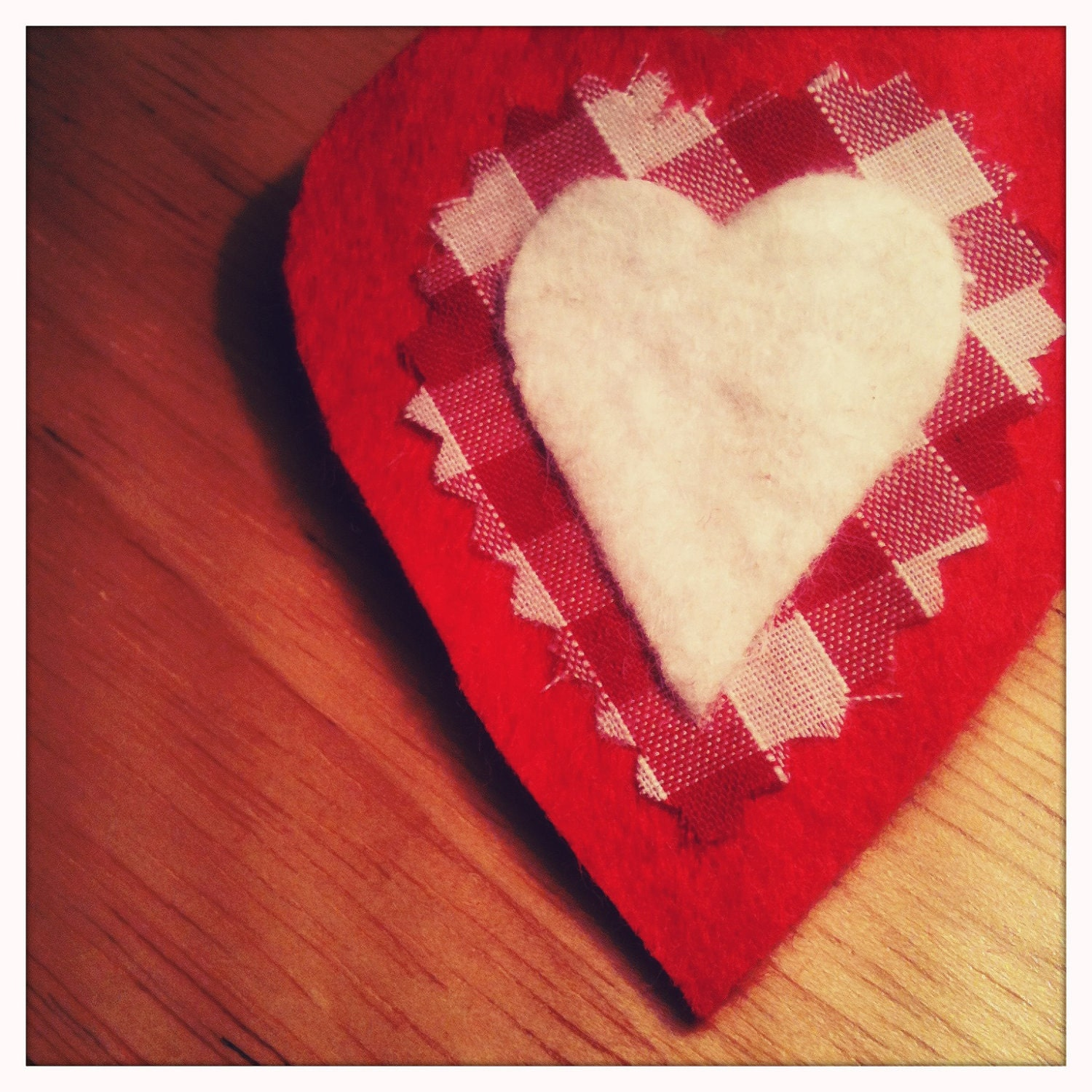 Red, White and Gingham Love Heart Brooch. FREE UK POSTAGE