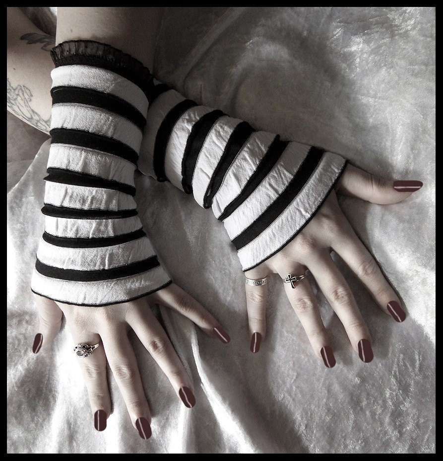 Wake the White Queen Arm Warmers Wristlets in Black with White Ruffled Stripes for Gothic, Belly Dance, Dark Fusion, Tribal, Steampunk, Noir, Vampire, Lolita, ATS Styles
