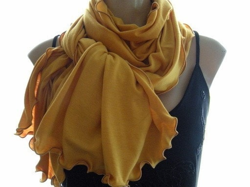 NEW...Spice Colors..Turmeric  Neck Rag with matching Trimming....Globetrotter..