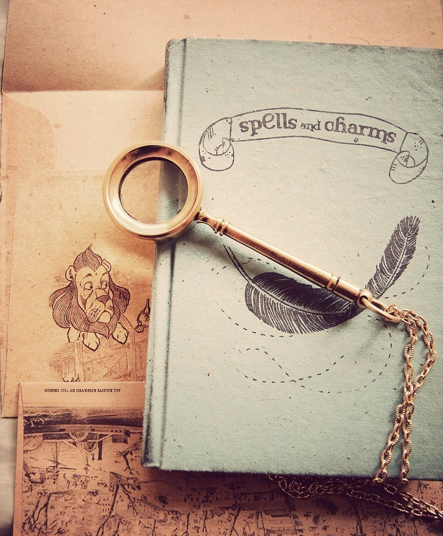 The golden magnifying glass. DO NOT BUY, WILL RETURN VERY SOON