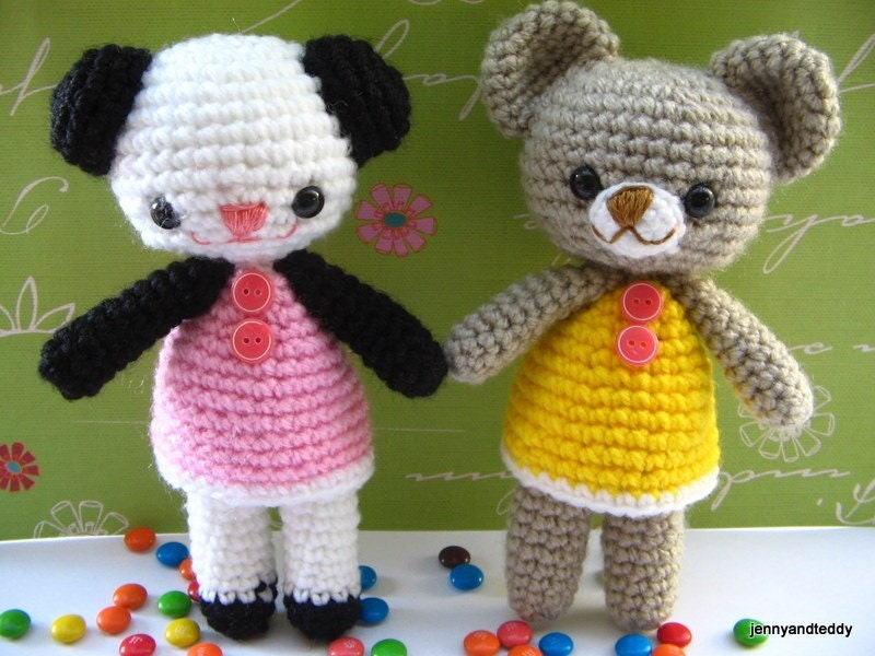 Free amigurumi crochet pattern two little bear by jennyandteddy from etsy.com