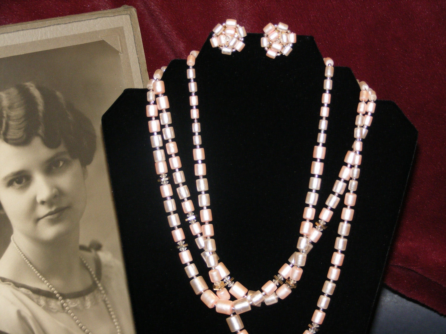 Auntie MADELEINE's Vintage Jewelry Rose Pink Bead Necklace and earrings