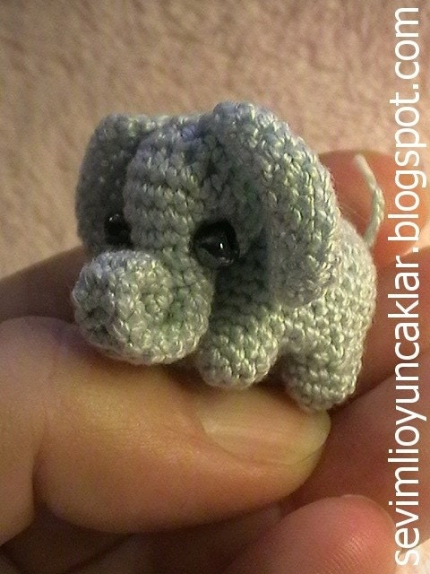 Amigurumi 0.8 inc Miniature Elephant Pattern by Denizmum ...