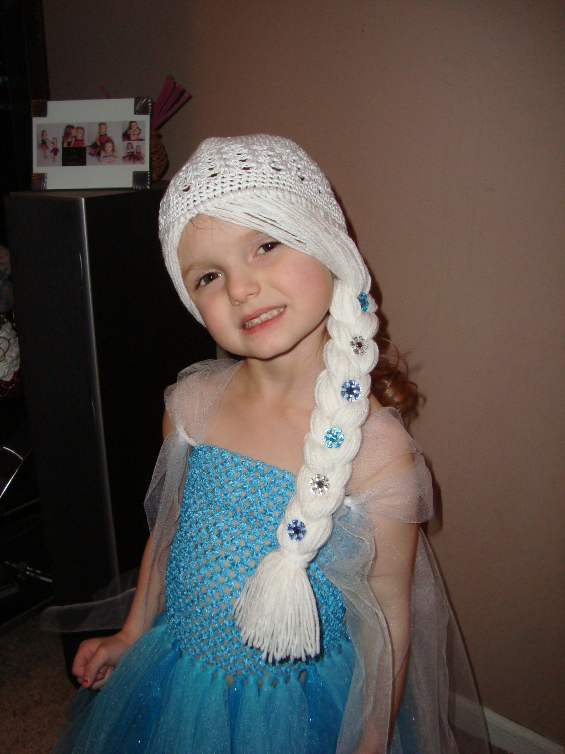 Crochet Elsa Hair : Elsa Frozen Wig Hat, White Hair with braid to the side with snowflake ...