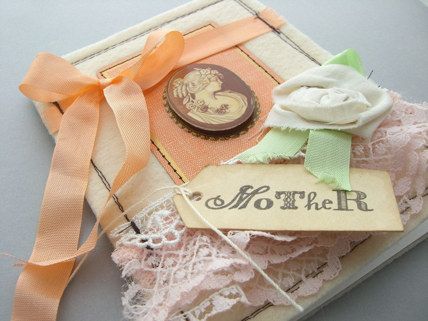 Mothers Day Card- Pretty Peach Cameo