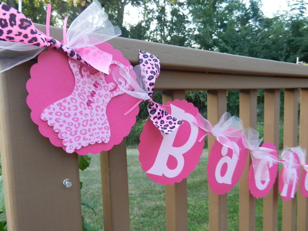 Bachelorette party banner hot pink and light pink by table4six for Bachelorette decoration party