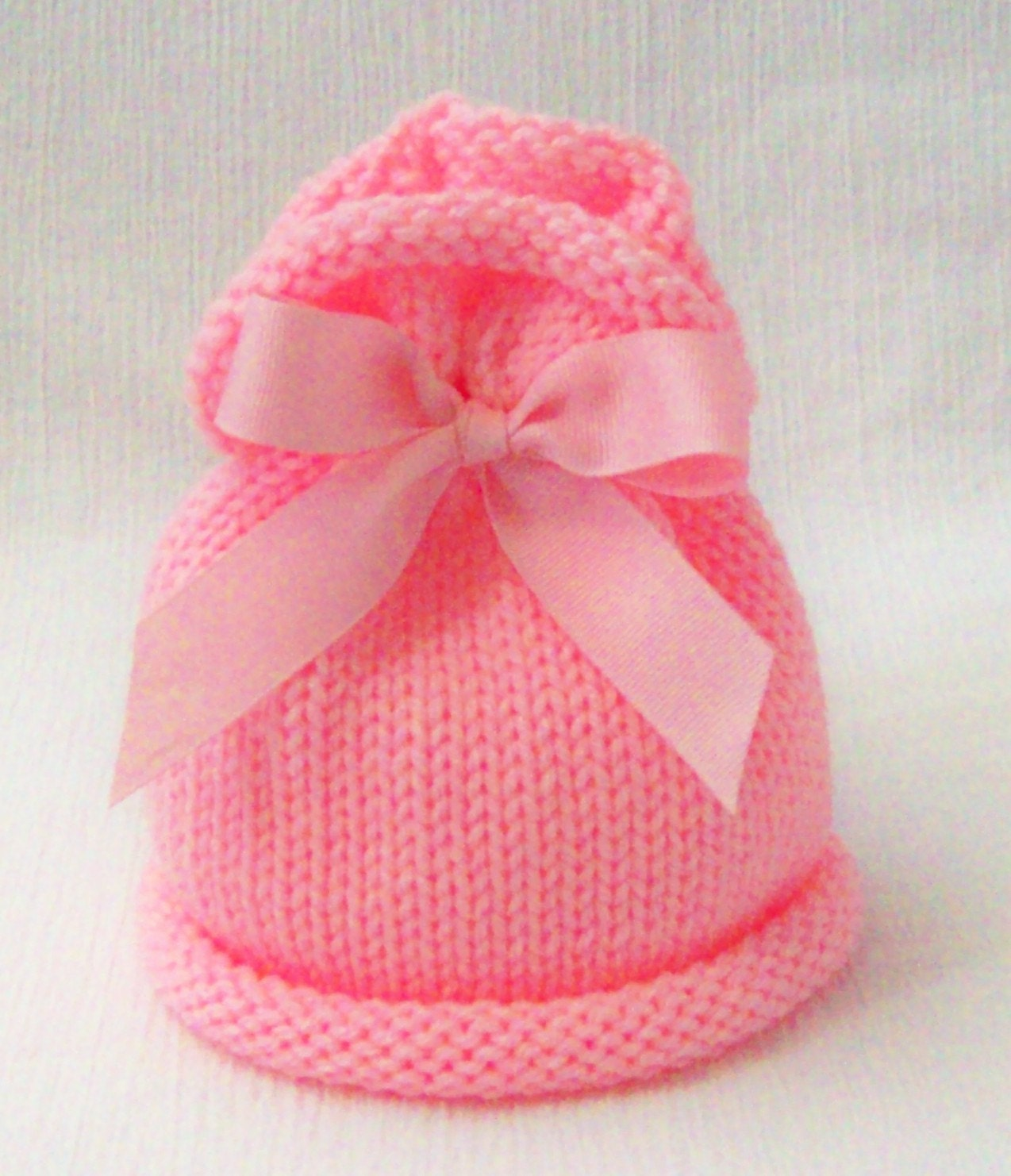 Cute Bow Top Newborn Hat in Petal  Pink Knit Photo Prop