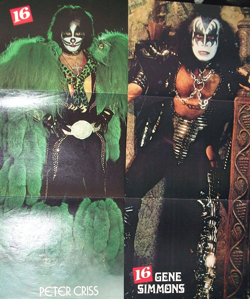 KISS Clippings Gene Simmons Pin-Up #71
