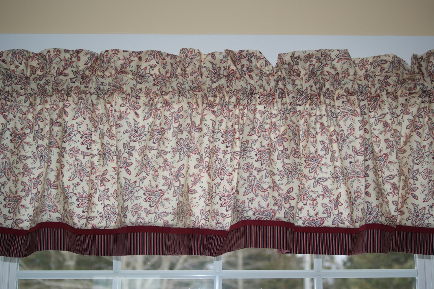 Cream Red Black Floral Toile Valance 17 X By Everythinginvalance
