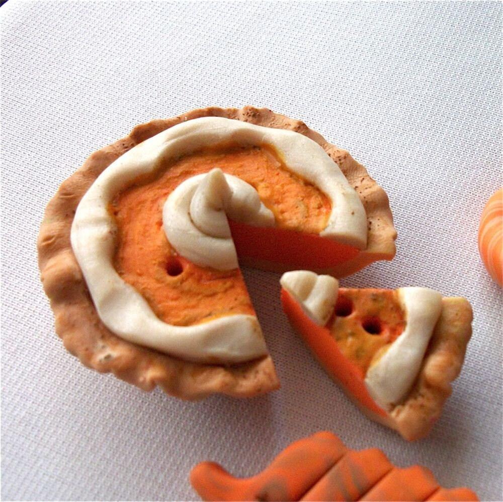 Pumpkin Pie Button Or Magnet