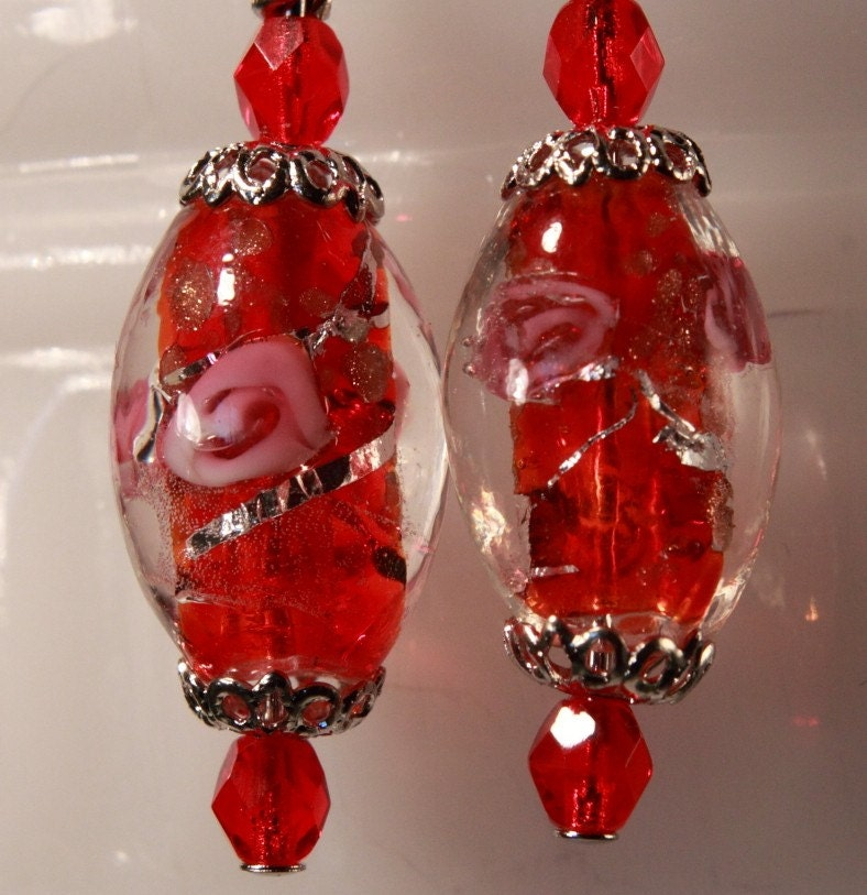Rose's Roses red lampwork beaded dangle pierced earrings