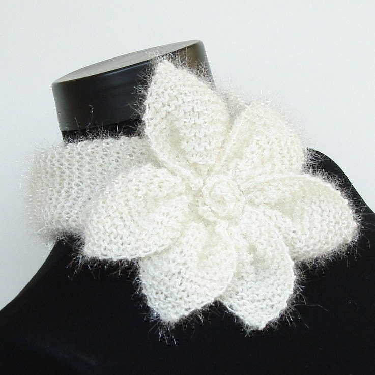 WhiTe StaR FloWeR ShiNNy .....Neckwarmer / Cowl by Ayca on Etsy from etsy.com