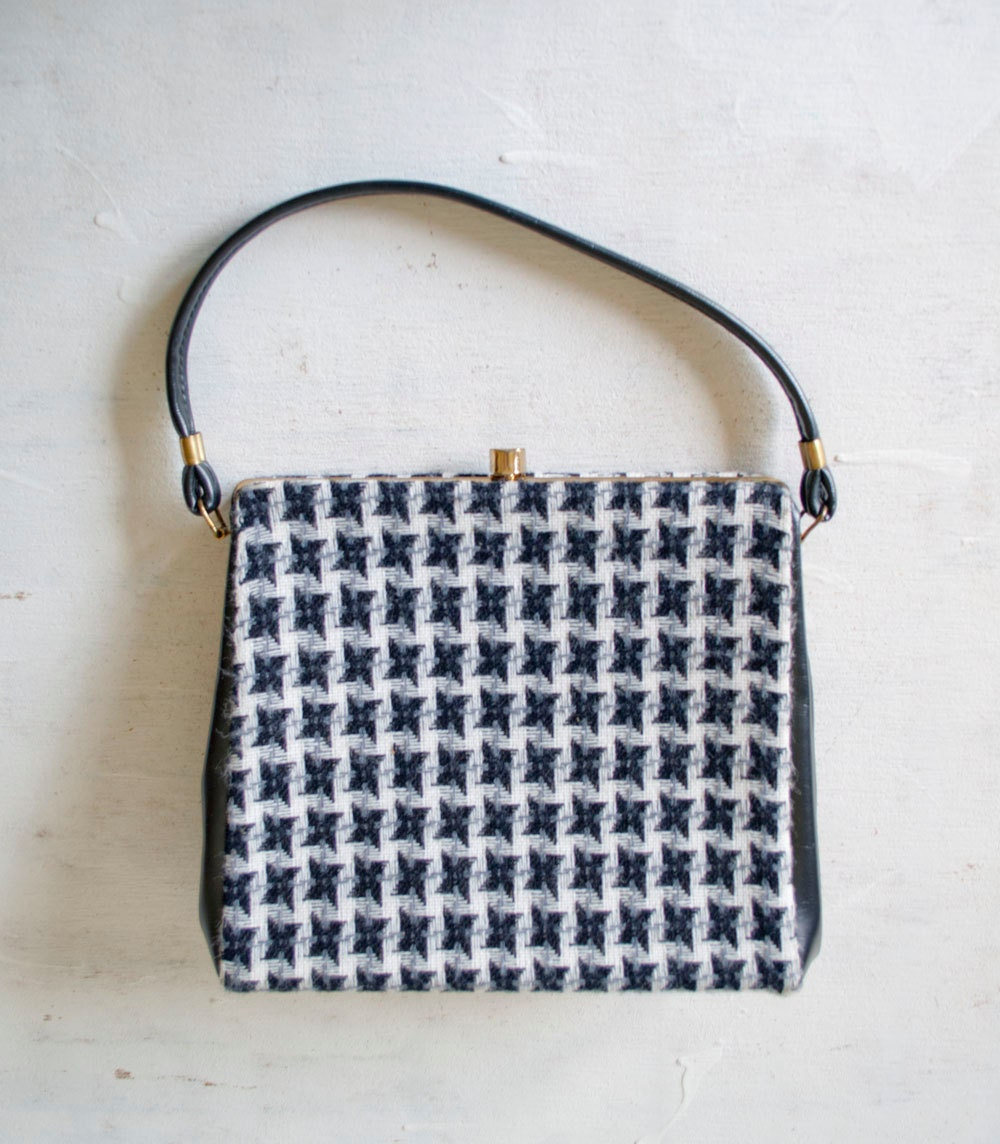 Vintage 60s HOUNDSTOOTH Handbag by MariesVintage on Etsy