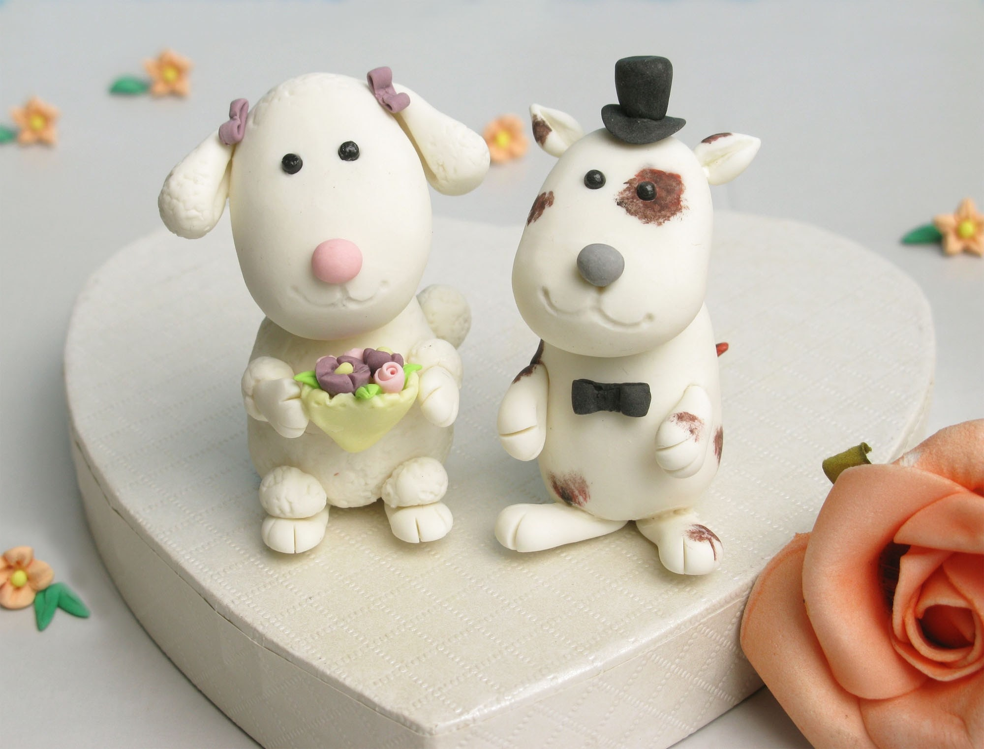 Cute, unique doggies wedding cake toppers with stand