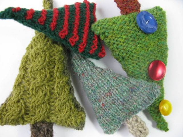 Knitting Pattern For A Christmas Tree : Items similar to Christmas Tree knitting pattern pdf on Etsy