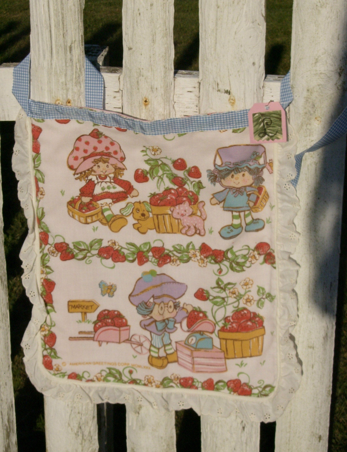 childs vintage strawberry shortcake apron