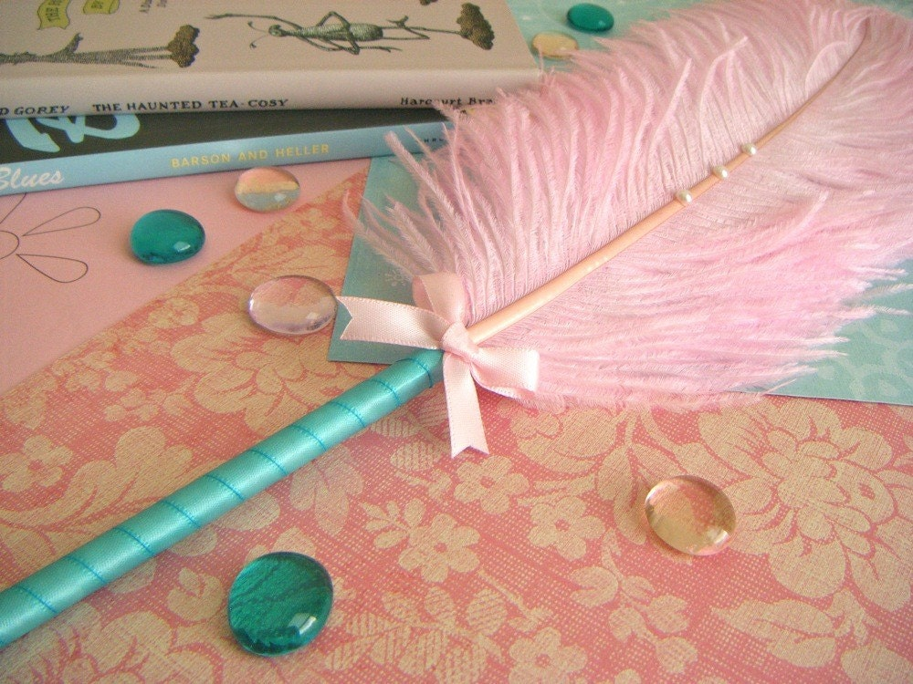 Ostrich Feather Pen-Light Pink/Aqua