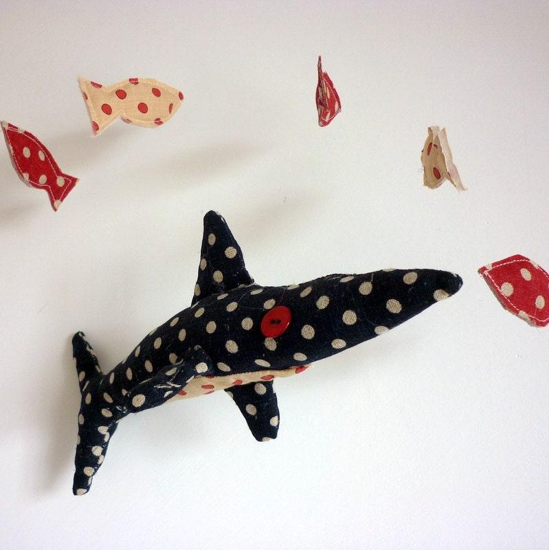 Горошек акулы мобильного