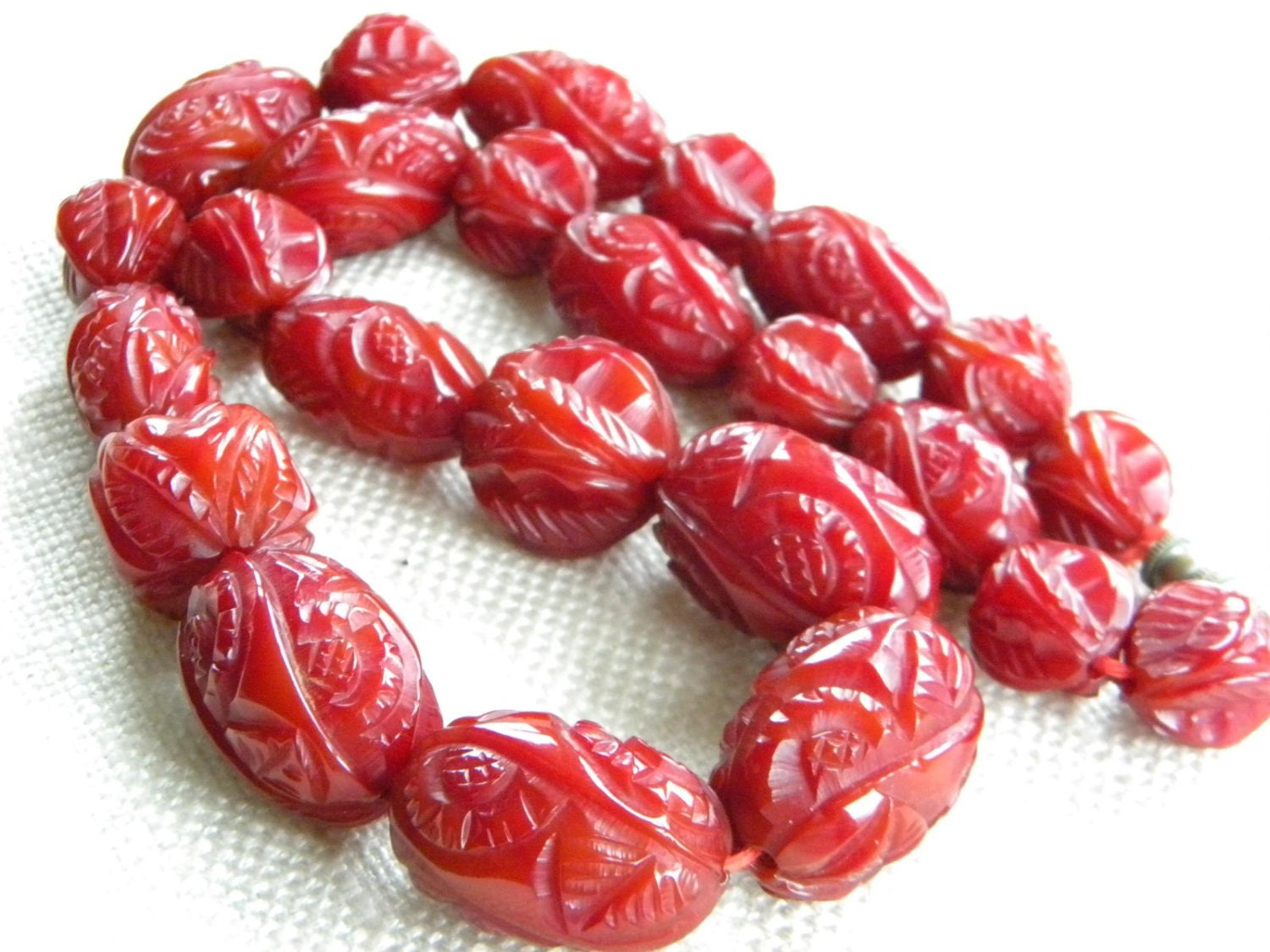 Art Deco Cherry Amber bakelite CARVED beads 85g  UNIQUE  RARE jewellery  inA692325