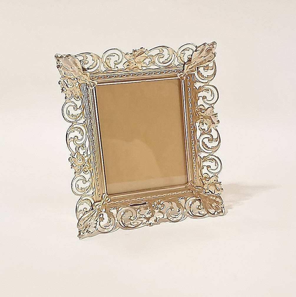 Bulk Picture and Photo Frames at DollarTreecom