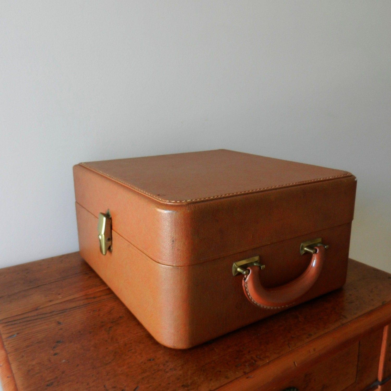 Vintage portable bar set travel bar by thewellseasonednest - Mobile bar vintage ...