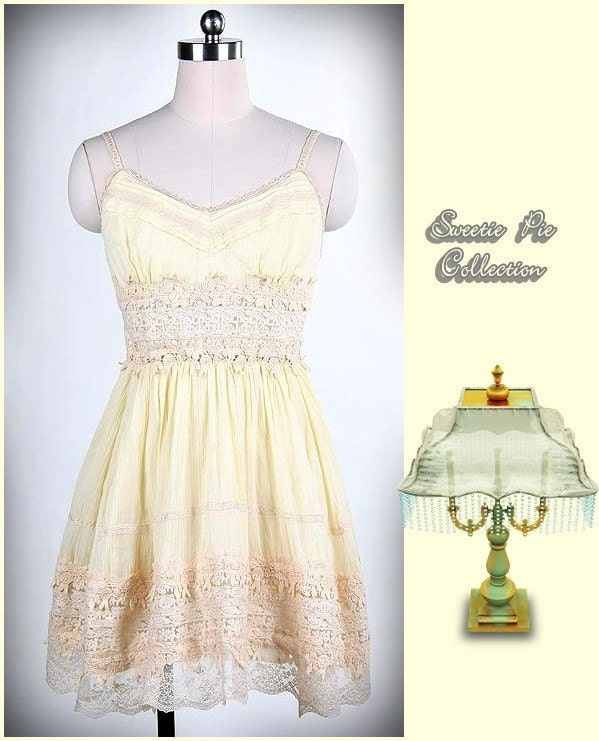 Vintage Deadstock Victorian style  pale yellow lace swing dress