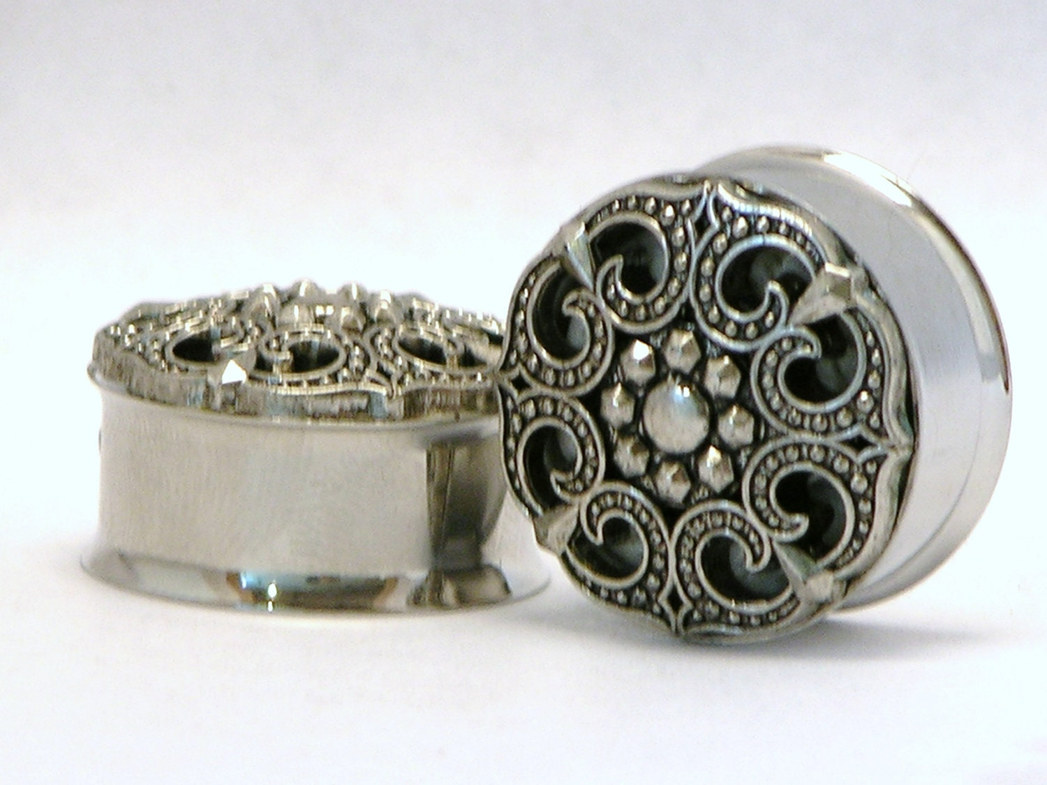 Silver Tribal Like Design Plugs 78 Inch 22mm Sale