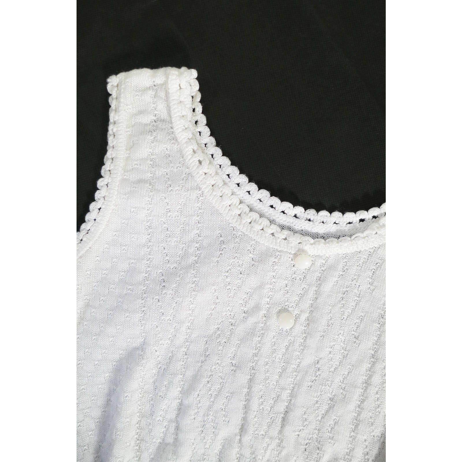 Vintage 90s White Knit Top Vest  Retro Summer Tank Top  Dainty Scallop Trim Knit  Cute Round Neck Sleeveless Top  S Small M Medium